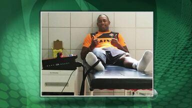 Robert deve voltar a jogar no Vitória no domingo (28) - O jogador passou por uma cirurgia no joelho no ano passado e está afastado dos jogos desde então, mas já voltou a treinar.