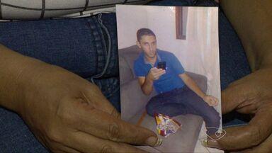 Jovem de 22 anos morre vítima de dengue em Cariacica, ES - Ele adoeceu e morreu em menos de uma semana. Os moradores do bairro Sotelândia estão preocupados com a doença.