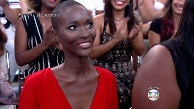 Mahany Pery investiu na carreira de modelo depois de asssitir à exemplo no 'Encontro' - Modelo de 17 anos já desfilou na São Paulo Fashion Week e foi capa de várias revistas. Mahany agora quer focar na carreira internacional