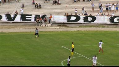 Treze 1 x 0 Santa Cruz-PB - Galo joga mal, mas vence com gol no fim.