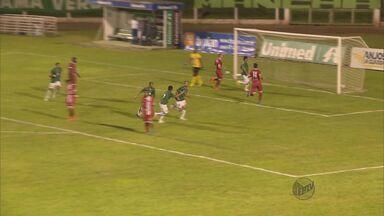 Caldense bate o Tricordiano por 3 a 1 e quebra série de derrotas no Mineiro - Caldense bate o Tricordiano por 3 a 1 e quebra série de derrotas no Mineiro