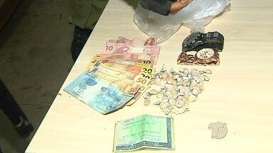 Operação da Policia militar prende homem suspeito de tráfico de drogas - Suspeito foi autuado em flagrante por tráfico de drogas.