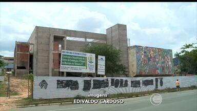 Teresina continua sem Centro de Convenções, fechado há oito anos para obras - Oito anos de obras e Teresina continua sem Centro de Convenções