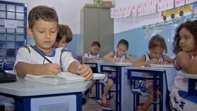 Crianças só entram no 1º ano com seis anos completos até março, diz Educação - Decisão divide opinião de pais de alunos.