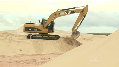 Obra vai colocar asfalto em área de duna entre Barreirinhas e Paulino Neves, MA - Obra vai colocar asfalto em área de duna entre Barreirinhas e Paulino Neves (MA).