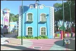 Menino de 3 anos cai de brinquedo na Cidade da Criança, em Campos, e sofre traumatismo - Criança está internada e o estado de saúde é bom.