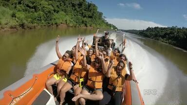 Mulheres curtem o dia delas nas Cataratas do Iguaçu. - O passeio foi um presente para um grupo escolhido pela direção do Parque.