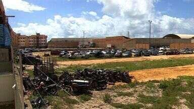 Detran viabilizou novos terrenos para abrigar veículos apreendidos - Detran viabilizou novos terrenos para abrigar veículos apreendidos.