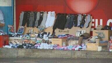 Número de vendedores ambulantes cresce em Campinas - Esse número cresceu após a queda de empregos na cidade.