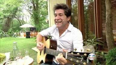 Daniel abre o 'É de Casa' com música - Patrícia Poeta dá boas vindas ao cantor