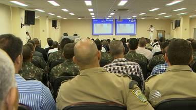 Profissionais que irão trabalhar nas Olimpíadas fazem estágio de percepção de ameaças - O estágio de percepção de ameaças terroristas tem como objetivo a preparação dos profissionais para atuarem na segurança do evento.