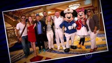 Angélica e convidados são recebidos no Cruzeiro Disney - Com uma bela recepção os convidados de Angélica ficam super animados com a programação