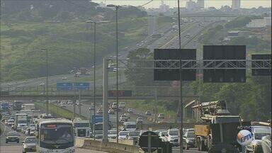 Confira o movimento nas estradas da região para o feriado prolongado - Entre quinta e domingo quase 1,5 milhão de carros passarão, de acordo com as concessionárias.