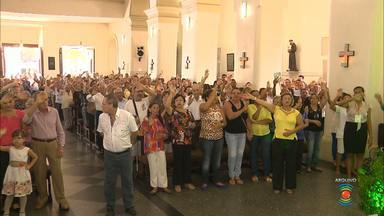 Acompanhe a programação da Catedral nessa quinta-feira - Quinta-feira Santa tem Missa dos Santos Óleos em Campina Grande.