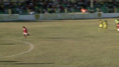 Ipanema perde para o Penedense e segue sem vencer no Alagoano - Em casa, time sertanejo perde por 1 x 0.