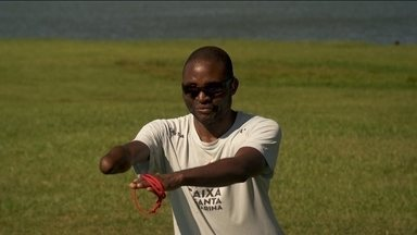 No Brasil, grupo de angolanos encontram no esporte a esperança - Angolanos sofreram com a guerra e tiveram consequências graves na visão, audição e no corpo, e encontram no esporte, o incentivo, a esperança de viver.