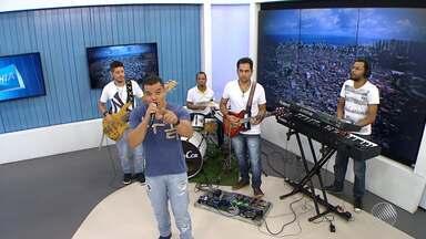 Adelmo Casé é o convidado do estúdio do BMD desta terça (29) - No repertório, músicas que homenageiam a cidade de Salvador, a aniversariante do dia.