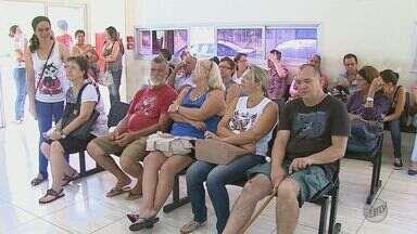Unidades de Pronto Atendimento registram aumento na procura de atendimento em Araraquara - A confirmação de vários casos de gripe H1N1 no Estado levou muita gente a procurar atendimento médico em Araraquara. Além disso, muitos pacientes não têm mais plano de saúde, porque perderam o emprego.
