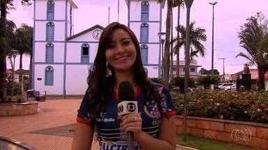 Musa do Trindade pede votos no programa Globo Esporte - Aline Aquino, de 27 anos, fala sobre a paixão pelo clube e sobre o concurso Musa do Goianão.