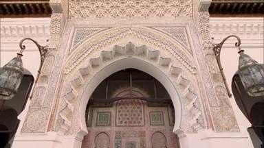 Mesquita na cidade de Fez abriga a universidade mais antiga do mundo - Universidade tem cerca de 1.100 anos. Pela primeira vez, uma equipe de televisão estrangeira conseguiu mostrar essa universidade.