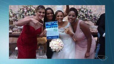 VC no ESTV: padrinhos fazem calendário do ESTV com promessa de casamento - Casamento aconteceu depois de 7 anos de relacionamento.