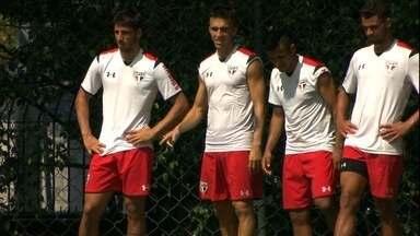 Com time misto, São Paulo busca liderança do grupo na última rodada do Paulista - Equipe enfrenta o São Bento e torce por tropeço do Audax contra o Santos