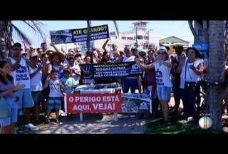Erosão da Praia da Tartaruga preocupa moradores e manifestação é realizada - Erosão em Rio das Ostras acarreta inúmeros prejuízos.