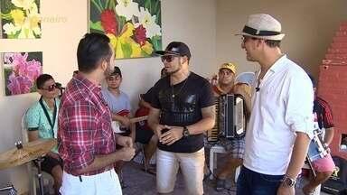 Confira um bate-papo com banda Feras do Forró - Feras do Forró e Bel Martine se encontram no 'Paneiro'.