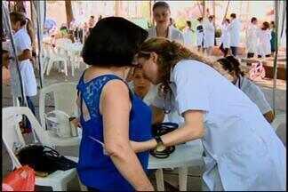 Dia Mundial da Saúde é lembrado em Divinópolis - Atividades ao ar livre marcam data na cidade. Dicas de saúde e exames rápidos são oferecidos.