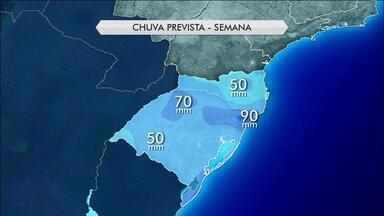 Tempo: mês de abril começa com temperaturas elevadas em SC e no RS - Volume de chuva está sendo maior na fronteira do RS com o Uruguai.