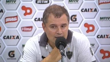 Diego Aguirre comenta derrota do Atlético-MG para o Tricordiano, no Independência - Diego Aguirre comenta derrota do Atlético-MG para o Tricordiano, no I