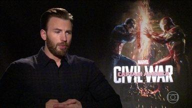 Fantástico entrevista atores que vivem Superman, Batman e Capitão América - Ben Affleck e Henry Cavill já estão em cartaz com 'A Origem da Justiça', enquanto Chris Evans volta aos cinemas no dia 28 de abril com 'Guerra Civil'.