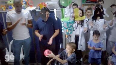 Internado, torcedor do Ceará recebe visita de jogadores no dia do aniversário - Internado, torcedor do Ceará recebe visita de jogadores no dia do aniversário