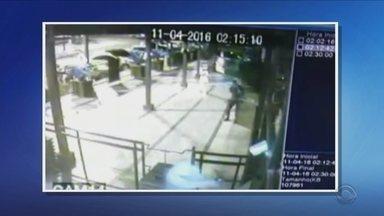 Tiro que matou jovem em boate saiu de arma de segurança, diz delegado - Tiro que matou jovem em boate saiu de arma de segurança, diz delegado