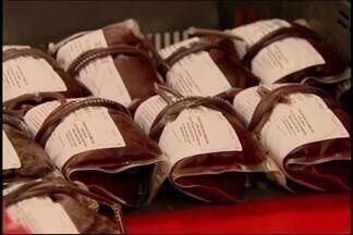 Campanha busca aumentar estoque de sangue em Divinópolis - Veja dicas de como doar. Saiba como ajudar a dois pacientes que precisam de doações.