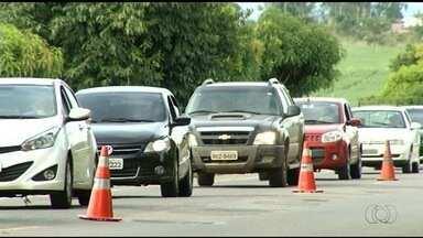 Polícia Rodoviária Federal intensifica fiscalização durante o feriado, em Goiás - O foco é conscientizar motoristas da importância de não dirigir depois de ingerir bebida alcoólica.