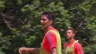 Durval chama a atenção do Sport para apresentar melhor futebol - Durval chama a atenção do Sport para apresentar melhor futebol