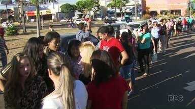 Começa a seleção para vagas de emprego temporário na Expoingá - A feira acontece em maio e a procura por uma vaga foi grande