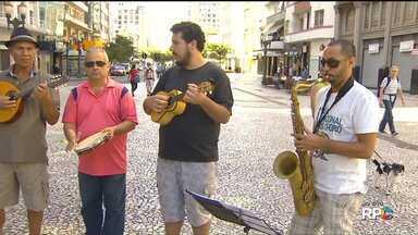 Dia do Choro vai ser comemorado com muitas atividades, em Curitiba - O Dia do Nacional do Choro é no sábado (23), mas as comemorações já começaram e vão até domingo (24).