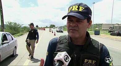 PRF monta operação no feriado de Tiradentes - Ação segue até o domingo (23).