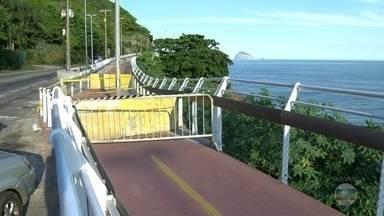 Trecho da ciclovia Tim Maia segue interditado após desabamento - As pistas da Avenida Niemeyer foram liberadas ao trânsito de veículos. As buscas por outras possíveis vítimas foram oficialmente encerradas, mas os Bombeiros continuam com monitoramento aéreo e nos pontos de observação.