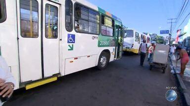 Veja imagens do trânsito na avenida Octávio Mangabeira e na Calçada - Confira no Radar do JM.