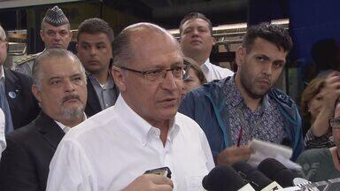 Governador Geraldo Alckmin visita Santos na manhã desta quarta-feira - Segurança, fila nas balsas e falta de médicos foram alguns dos assuntos abordados.