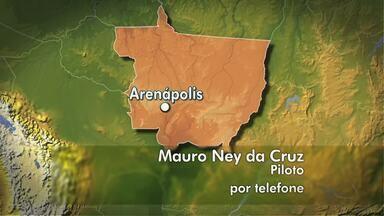 Mau tempo faz piloto pousar em área de fazenda em Arenápolis - Mau tempo faz piloto pousar em área de fazenda em Arenápolis
