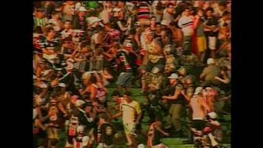 Confusão em 2008 envolveu em Campina Grande torcidas de Campinense e Santa Cruz - Briga aconteceu na estreia da Série C de 2008 e tomou conta das ruas de Campina Grande.