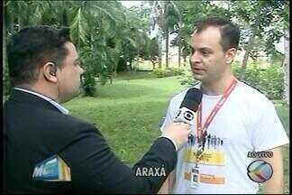 Sexta edição de minimaratona do esporte é realizada em Araxá - O evento tem como objetivo homenagear o trabalhador e envolver a comunidade no esporte.Ao todo, 180 atletas de Araxá e região, entre amadores e profissionais, estão inscritos na maratona.