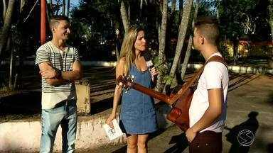 Sertanejos Jorge e Thiago soltam a voz no VC no Pluge - Há três anos os irmãos, moradores de Engenheiro Passos, em Resende, decidiram levar a sério a vida de músicos.
