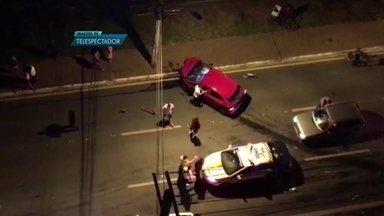 Acidente grave deixa quatro feridos em Águas Claras (DF) - A batida aconteceu no cruzamento de duas importantes avenidas da cidade.