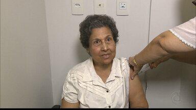 JPB2JP: Grande a procura por vacinas contra a gripe H1N1 no início da campanha - Campanha de imunização termina no dia 20 de maio.