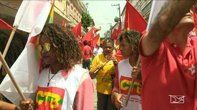 Manifestação reúne movimentos sindicais contra o impeachment, em São Luís - Manifestação reúne movimentos sindicais contra o impeachment, em São Luís.